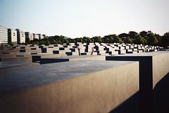 (Ana Cuba) Tags: berlin 35mm olympus summer2009