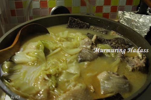 nEO_IMG_2009_1011_170509麻油雞豬血糕