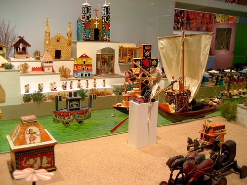 international folk art museum