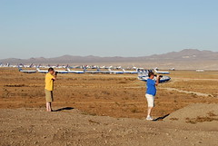 Victorville Spotting Point (eigjb) Tags: california airport desert delta storage boeing fedex unitedairlines victorville planespotting vcv tristars b737322 kvcv socallogistics