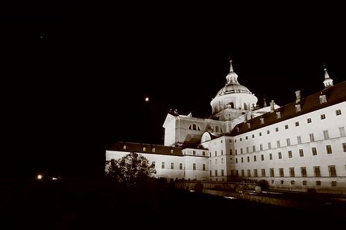 Noche de sábado para el Monasterio