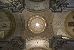 Dome of La Purissima (Lawrence OP) Tags: church spain symmetry dome salamanca baroque augustinian lapurissima