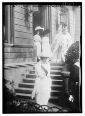 Grand Duchess - Luxemburg  (LOC) (The Library of Congress) Tags: four women steps hats sash libraryofcongress luxembourg duchess xmlns:dc=httppurlorgdcelements11 grandduchesses dc:identifier=httphdllocgovlocpnpggbain14010 clgrieserphotographer1912