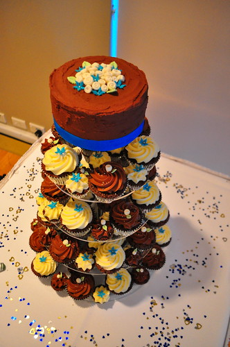 Turquoise brown and cream wedding Choc mud and double choc mud cupcakes