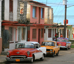 Spotted! (steverichard) Tags: life street old city people woman cars chevrolet car port calle mujer photographer candid cuba streetscene upstairs chevy american 1950s parked spotted seen cienfuegos cuidad cubano cubanstreet lookingatthephotographer steverichard