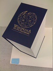 Wikipedia stampata in un solo volume