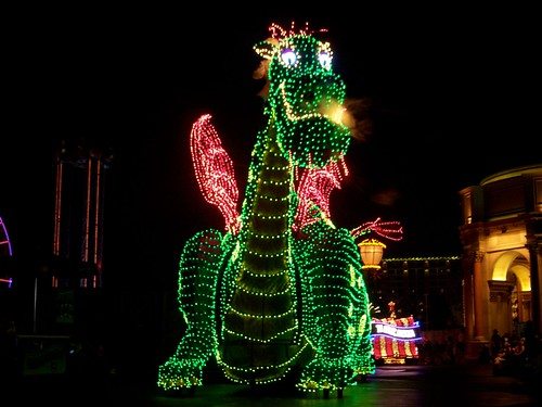 Pete's Dragon in Disney's Electrical Parade