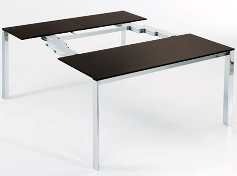wildly expandable table