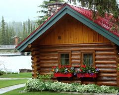 Lake Louise Village (S.HOPtalk) Tags: red lakelouisevillage postinn