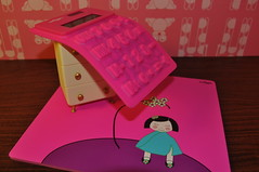 Squiggy Calculator (aka*kirara) Tags: pink mousepad calculator stationary smiggle