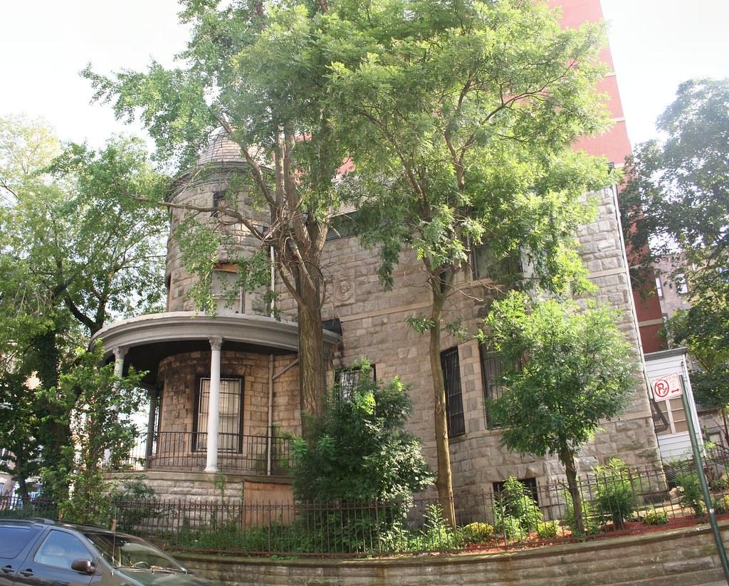 1857 Anthony Avenue house