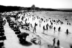 We, Nothing... (.fulvio) Tags: sea summer blackandwhite bw white black beach canon mare wide fake explore fp frontpage tiltshift fulvio ef24105f4lisusm 40d gp6 summer2009 estate2009 gismaster wwwdofphotocom gettywantssummer1