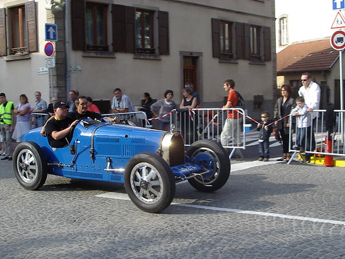 Bugatti (by fangio678)