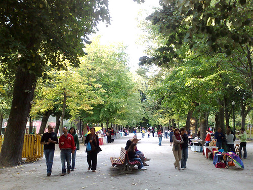 Feira nos Jardins do Palácio de Cristal
