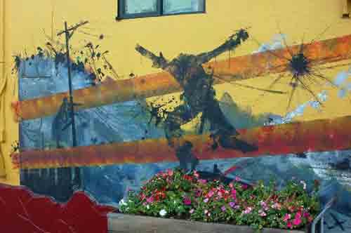 2disturbing-mission-mural.jpg