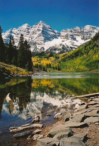 Maroon Bells reflection-V 38 by panda_orchid.