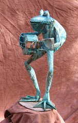 Guitar playing frog sculpture (beausmithart) Tags: art frogs metalsculpture frogsculpture copperfrog metalfrog gobletfrog guitarplayingfrog