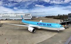 First Korean Air 787-9 (airbus777) Tags: koreanair ke kal 787 dreamliner boeing aircraft airplane
