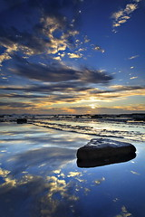 Long Reef Reflection (Tim Donnelly (TimboDon)) Tags: ocean sea reflection sunrise australia nsw longreef cokin