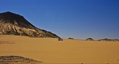 (635) Vulkane (avalon20_(mac)) Tags: africa travel blue sky sahara nature geotagged desert egypt 500 misr eos40d schulzaktivreisen