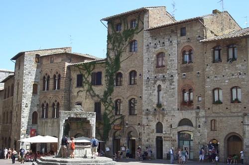 sangimignano-piazza