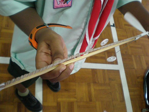 how to make a rubber band plane propeller