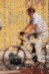 Trento Trenta Sei Gradi (photolupi) Tags: nikon strada dof uomo bici trento fontana trentino afa steet caldo goccie d80 photolupi luigipiazzi