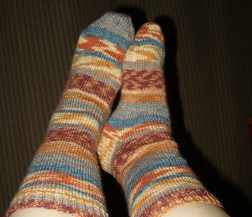 Alleysha's Harry Potter socks finished