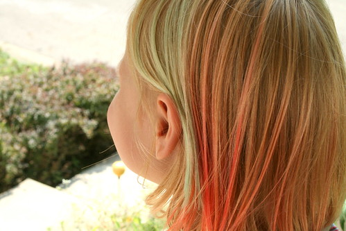 How to Highlight Blond Hair With Kool-Aid Dye Voila…strawberry, black cherry