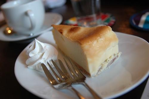 チーズケーキ@喫茶ジジ