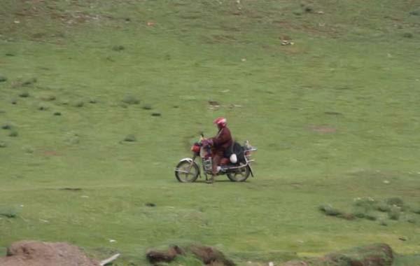 Tập tục điểu táng ở Tây Tạng