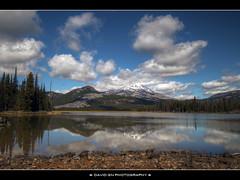 Sparks Lake, Oregon 2 - HDR (David Gn Photography) Tags: sky mountains clouds oregon reflections landscape pacificnorthwest hdr southsister sparkslake cascadelakes photomatix platinumheartaward rayatkesonmemorialtrail sigma1020mmf35exdchsm platinumpeaceaward canoneosrebelt1i davidgnphotography