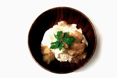 Thumbnail image for Homemade Applesauce with Ice Cream