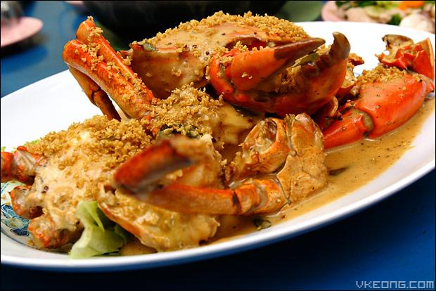 golden-sands-crab