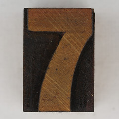 wood type number 7 (Leo Reynolds) Tags: wood canon eos iso100 7 number seven type 60mm f80 onedigit number7 woodtype 40d hpexif 0077sec numberset grouponedigit xsquarex xleol30x