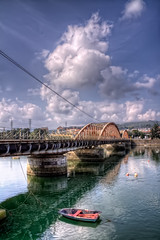 Old Bridge – Antiguo Puente, Colindres (Cantabria) HDR (marcp_dmoz) Tags: ocean old sea españa clouds canon reflections puente boot eos boat mar spain meer barca map wolken atlantic nubes brücke tone hdr antiguo spanien atlántico cantabria reflejos oceano alte cantábrico spiegelungen ozean atlantisch photomatix 50d cantabrian tonemapping brodge colindres colindresdeabajo riadetreto