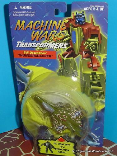 Thundercracker Machine-Wars Transformers 002