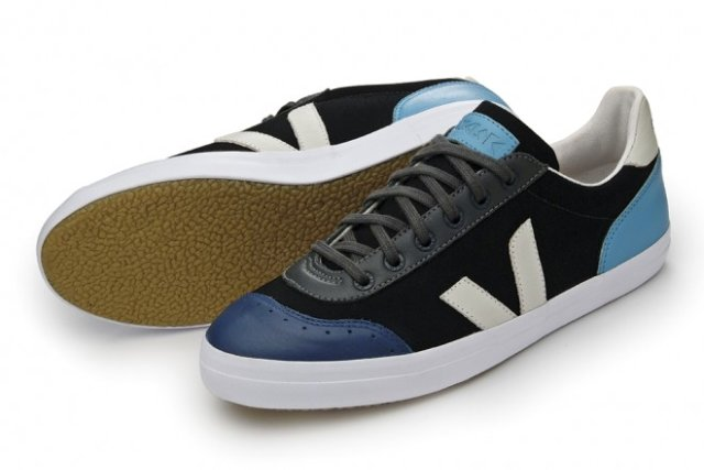 Veja_Cyclope_Blue_Turquoise_lateral-sola-660x441