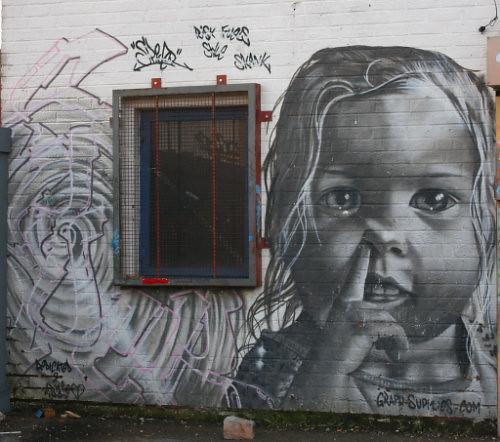 micha-mural-graffiti
