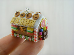Dollhouse Miniature Gingerbread House (Shay Aaron) Tags: christmas xmas food house tree scale dessert miniature candy crystal handmade aaron fake mini jewelry polymerclay fimo biscuit ornament tiny faux shay icing candycane 12th 112 cuts frosting geekery jewel petit twelfth hanselandgretel chocolatechipscookie christmasspirit brothergrimm shayaaron wearablefood pretzelmarmaladesprinklescitruscharmpendantnecklace