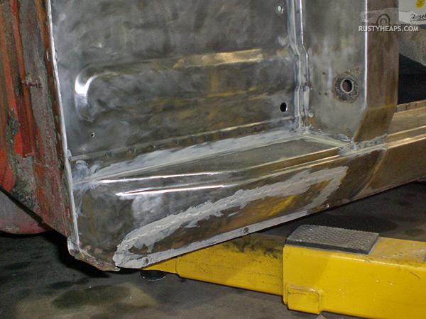 Inner panels seam sealed