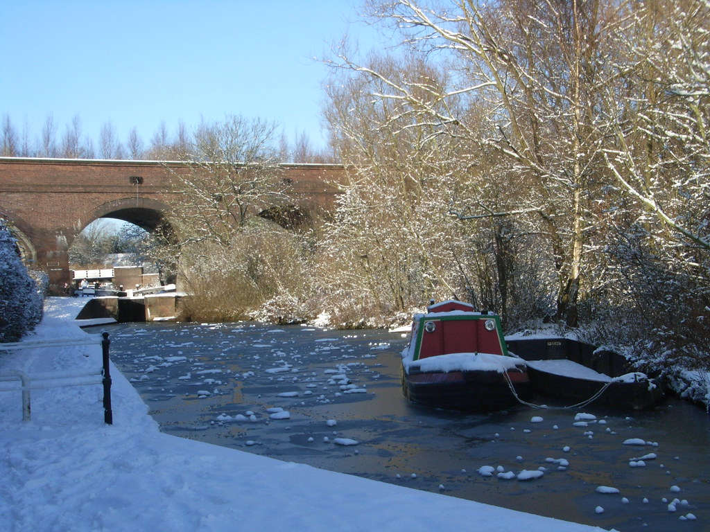 All iced up below the viaduct at Parkhead Locks