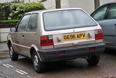 G696 APV (Nivek.Old.Gold) Tags: 1990 nissan micra ls 3door 988cc weeleygarage clacton