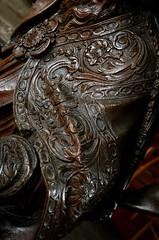 Geel, Vlaanderen, St.-Amandskerk, pulpit, detail (groenling) Tags: wood saint robe sint carving textile fabric be geel pulpit hout woodcarving flanders kempen vlaanderen amandus textiel preekstoel houtsnijwerk kansel snijwerk stamandskerk kerrickx