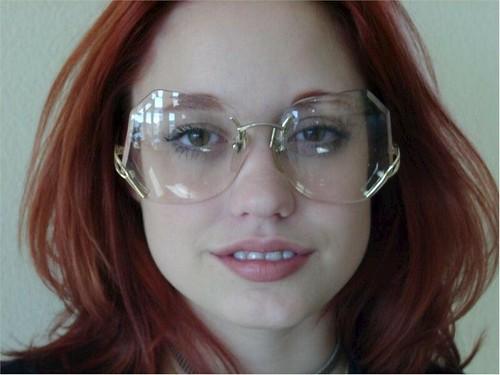 Rimless Glasses Fix : RIMLESS EYEGLASS REPAIR - EYEGLASS REPAIR