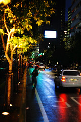 1859/1836 (june1777) Tags: street light reflection rain night zeiss canon eos snap jena 1600 clear carl seoul 5d f28 80mm czj biometar gwanggyo