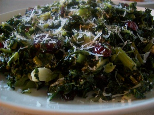 Kale w/ Garlic & Cranberries