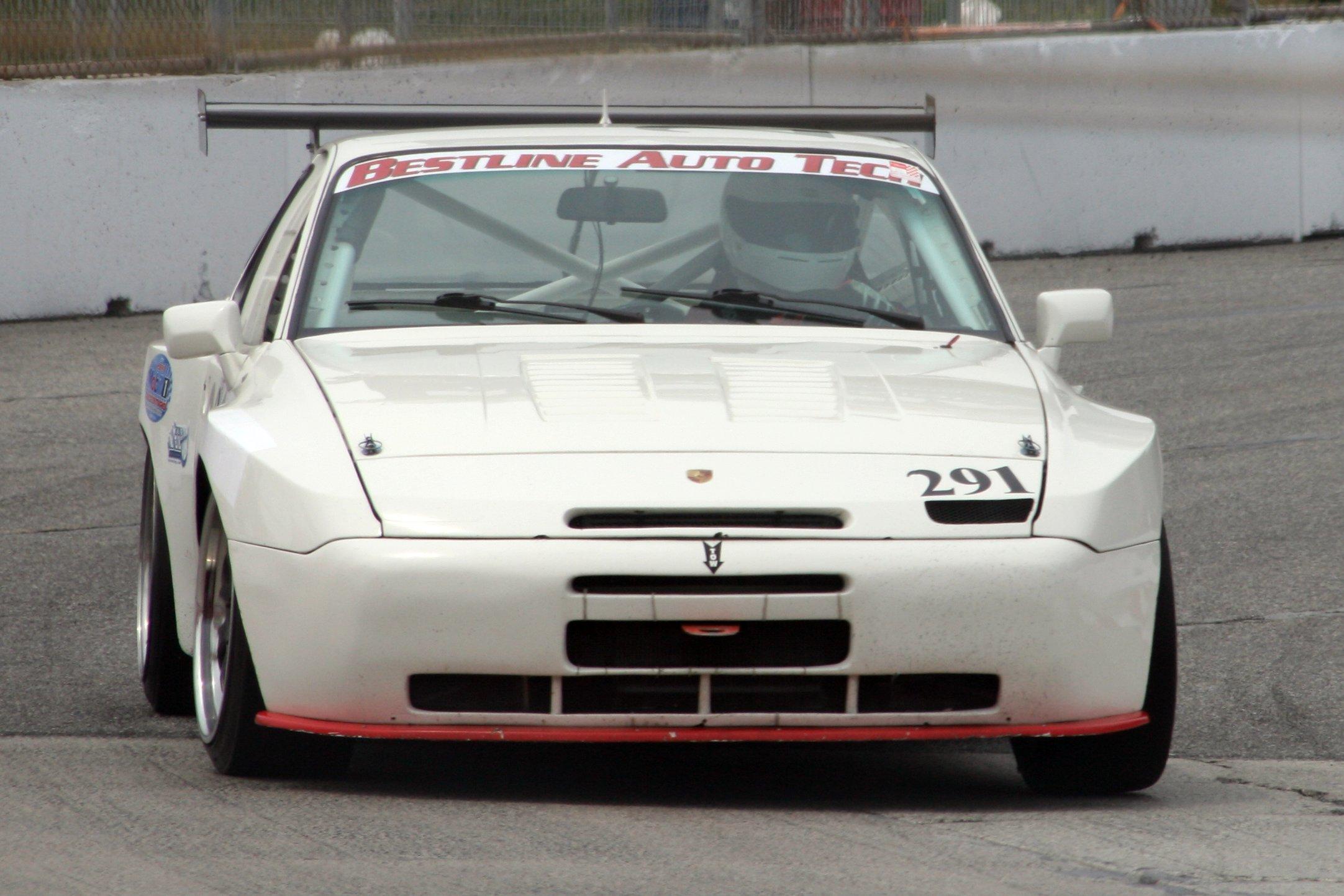 1985 Porsche 944 Turbo Boldride.com - Pictures, Wallpapers