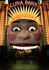 Luna Park (Milton Point, Sydney, Australia) (Murat Uysal) Tags: door canon mouth eos yahoo interestingness google funny flickr mask clown sydney laugh lunapark frightening flickrphoto eos40d canoneos40d muratuysal