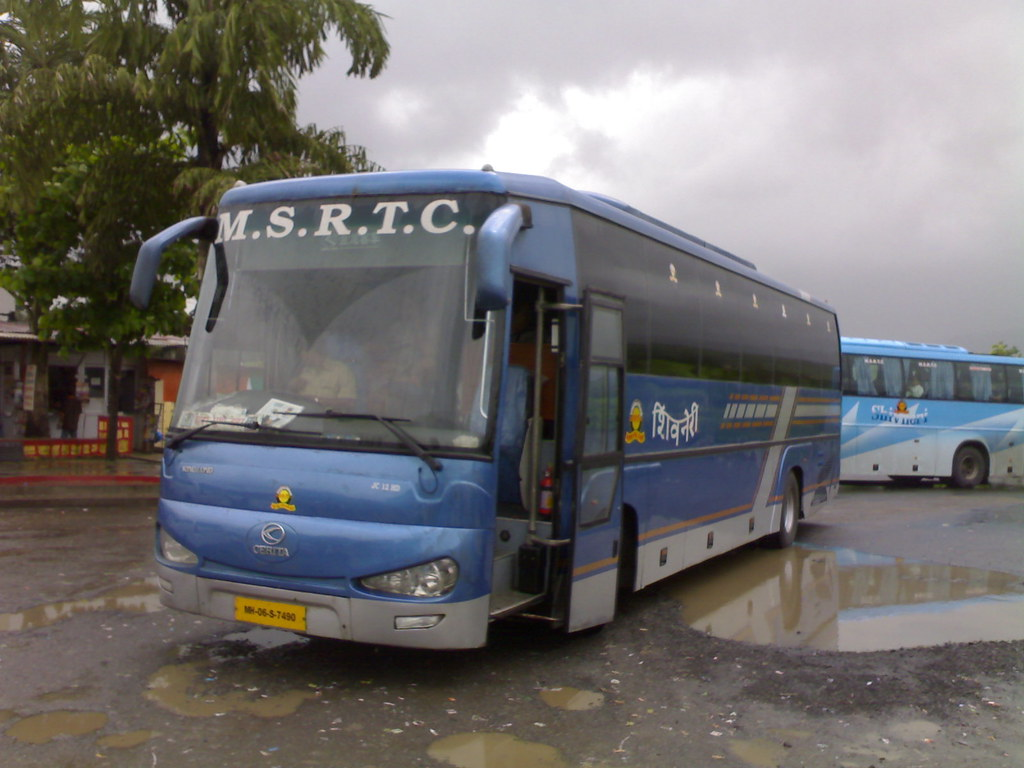 MSRTC's Shivneri Cerita [Kinglong]. Image copyright Ojas Parab